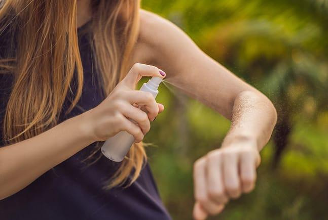 essential oil tick spray
